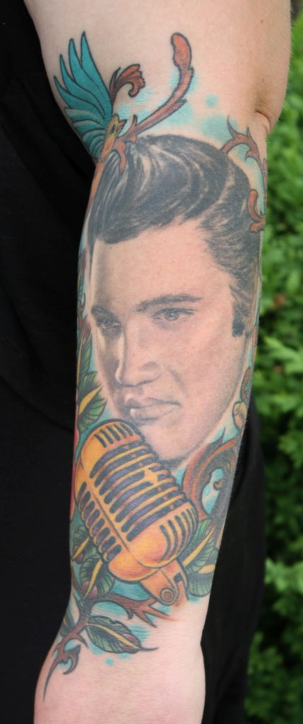 Elvis Portrait by Thorsten Bechtluft