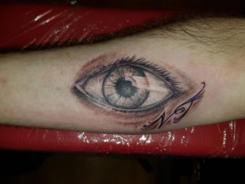 Auge Tattoo